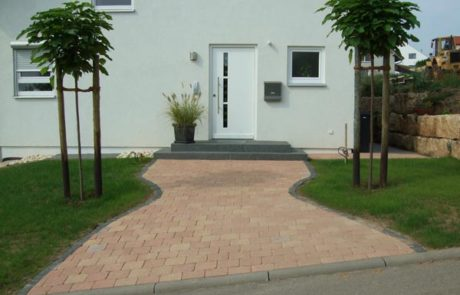 GaLaBau-Lorch | Referenzen - Hauszugang 15